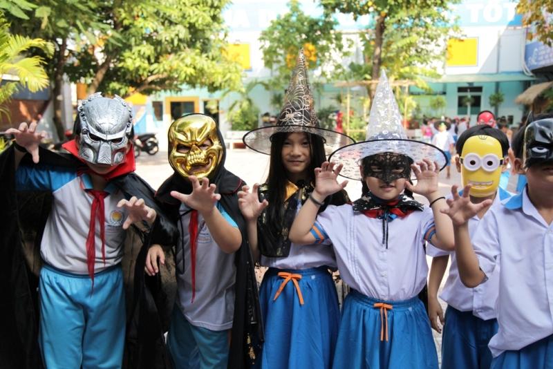 halloween nhut tan school  (11)