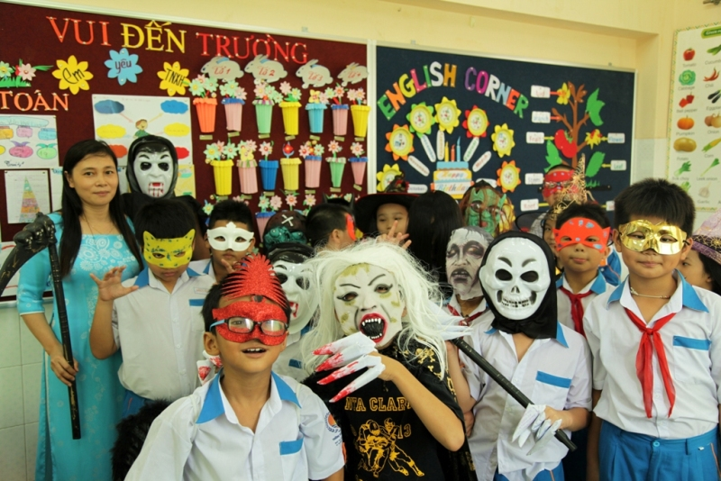 halloween nhut tan school  (4)